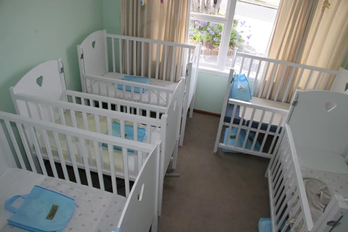 Folkestone street cots for sleeping babies